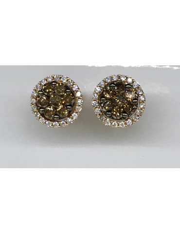 Pendientes brillantes y diamantes Brown